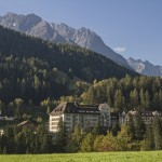 Strong Swiss franc driving hotel closures