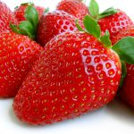 Too much pesticide on Swiss strawberries, says report
