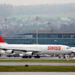 Is the lack of inflight social distancing on SWISS airlines a risk?