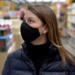 Coronavirus: Swiss cantons of Fribourg and Valais make masks compulsory in shops