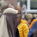 Swiss federal government rejects vote to ban burqas