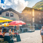 Covid: Swiss cases down 44% this week as Delta looms